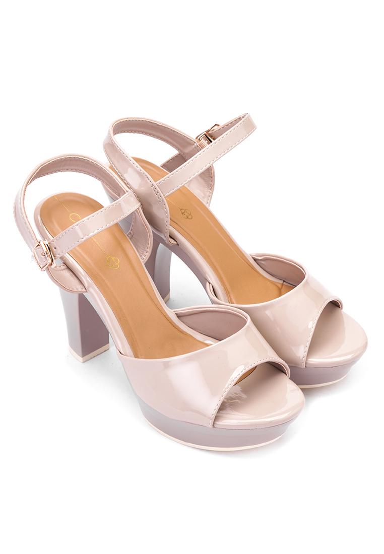 Cln shoes sandals philippines - Maxie Shoes P1 499 From Cln Via Zalora Com Ph